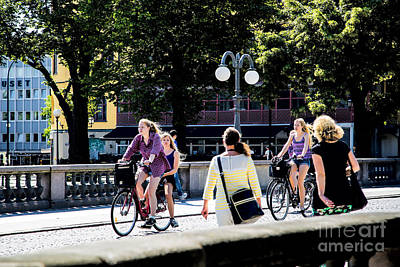 Photograph - Girls On Bridge by Rick Bragan