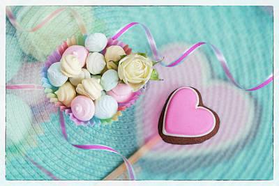 Give A Little Sweet Love   Art Print