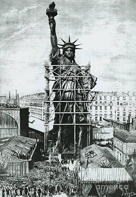 Statue Of Liberty Drawing - Giving The Statue Of Liberty To United States Ambassador by American School