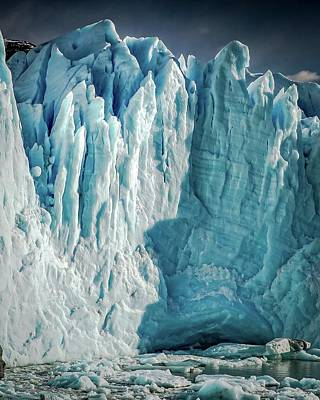 Photograph - Glaciar 83 by Ryan Weddle