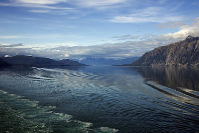 Photograph - Glacier Bay 7 by Richard J Cassato