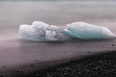 Photograph - Glacier Beach by Tom Singleton