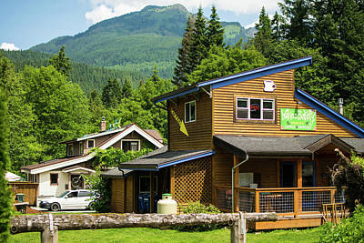 Photograph - Glacier Coffee Shop by Tom Cochran