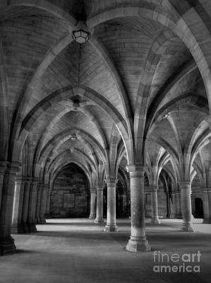 Photograph - Glasgow University Cloisters 3 by Mary-Lee Sanders