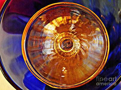 Photograph - Glass Abstract 577 by Sarah Loft