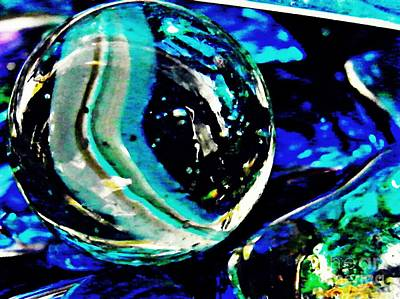 Dichroic Photograph - Glass Abstract 79 by Sarah Loft