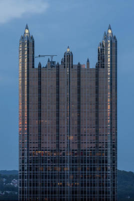 Downtown Pittsburgh Photograph - Glass Castle Top Of Ppg Building Pittsburgh Pa by Terry DeLuco