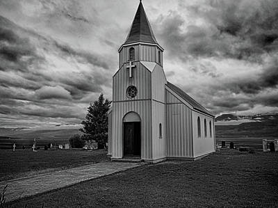Photograph - Glaumbaer Church Bw by C H Apperson