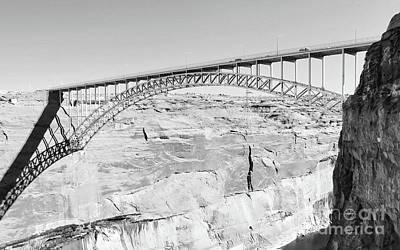 Glen Canyon Bridge Bw Art Print
