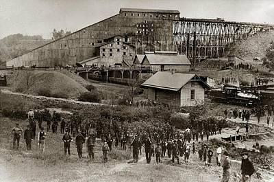 Mining Photograph - Glen Lyon Pa Susquehanna Coal Co Breaker Late 1800s by Arthur Miller
