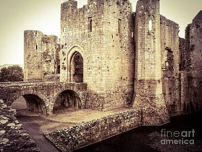 Glorious Raglan Castle Art Print