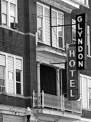 Photograph - Glyndon Hotel by David Bearden