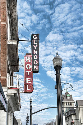 Photograph - Glyndon Hotel Sign by Sharon Popek