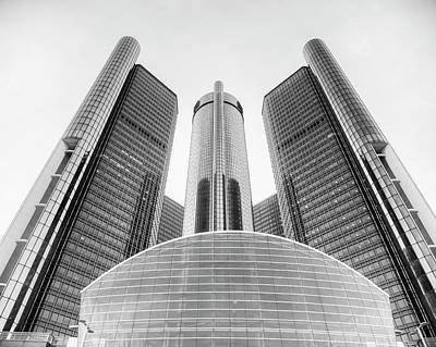 Photograph - Gm Renaissance Center by Ray Devlin