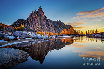 Photograph - Gnome Tarn Clouds by Inge Johnsson