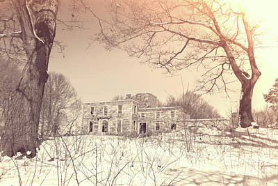 Photograph - Goddard Mansion  by Elizabeth Dow
