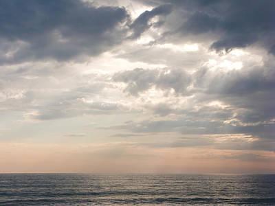 Sky Scape Photograph - Godrays by Nila Newsom