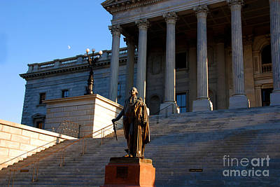 Goerge Washington In Front Of The Capitol Building In Columbia Sc Art Print by Susanne Van Hulst