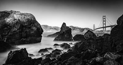 Golden Gate In Black And White Art Print