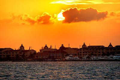 Golden Sky In Cancun Art Print