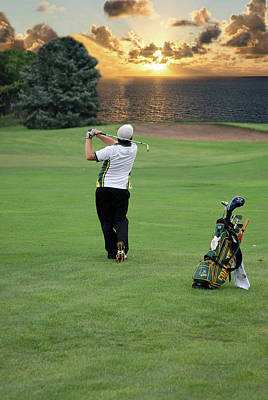 Mixed Media - Golfing Early Morning Iron by Thomas Woolworth