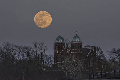 Prescott Digital Art - Good Friday Moon Over St. Josephs by Darrell P Delahousaye