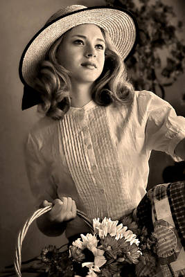 Figurative Photograph - Good Old Fashion Girl by Jean Hildebrant