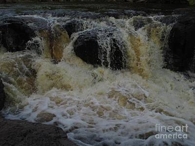 Photograph - Gooseberry Falls 1 by Barbara Yearty