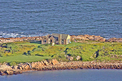Photograph - Gooseberry Island Cottage by Duncan Pearson