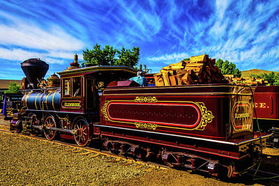 Photograph - Gorgeous Glenbrook Gingerbread Train by Garry Gay