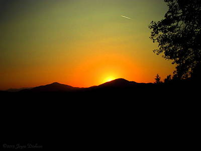 Photograph - Gorgeous Oakrun Sunset by Joyce Dickens
