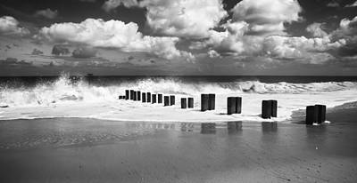 Photograph - Gorleston Beach by Ian Merton