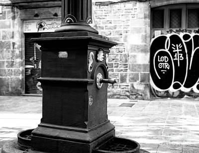 Photograph - Gothic Quarter Drinking Fountain by John Rizzuto