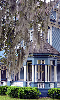 Photograph - Gracious Southern Living by Carla Parris