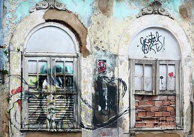 Photograph - Graffiti In San Salvador by Vivian Christopher