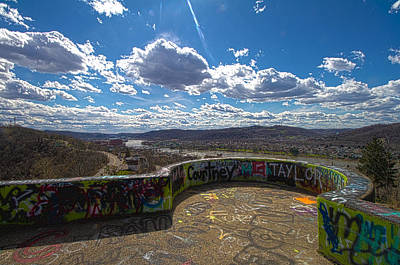 Photograph - Graffiti Overlook by Daniel Houghton