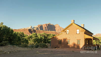Photograph - Grafton Ghost Town Home by Wendy Fielding
