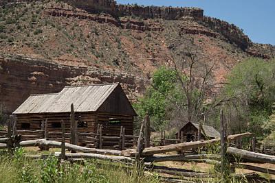 Photograph - Grafton Log Barn by Robert Brusca