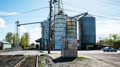 Photograph - Grain Silos In Ferndale by Tom Cochran