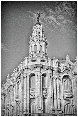 Photograph - Gran Teatro De La Habana by Mary Buck