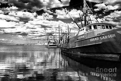 Photograph - Grand Barnegat Bay Day by John Rizzuto