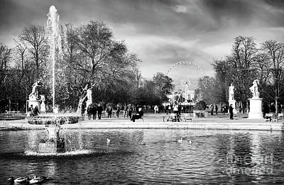 Grand Bassin Rond Art Print