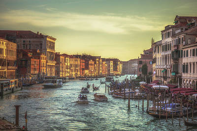 Grand Canal As The Sun Is Setting Print by Chris Fletcher