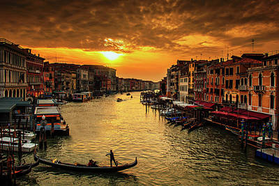 Photograph - Grand Canal At Sunset by Andrew Soundarajan