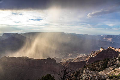 Photograph - Grand Canyon Rain Storm In Color by John McGraw