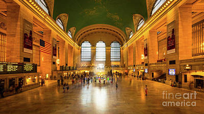 Concourse Photograph - Grand Central by Inge Johnsson