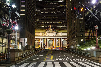 Photograph - Grand Central Nights by Robert J Caputo