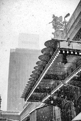 Art Print featuring the photograph Grand Central Snow Day by Dave Beckerman
