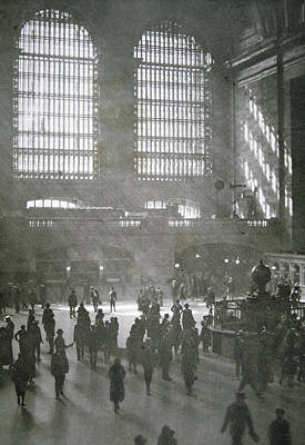 Grand Central Station Photograph - Grand Central Station, New York City, 1925 by American School