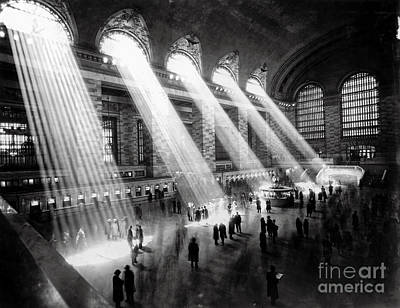 Twin Towers Photograph - Grand Central Station New York City by Jon Neidert
